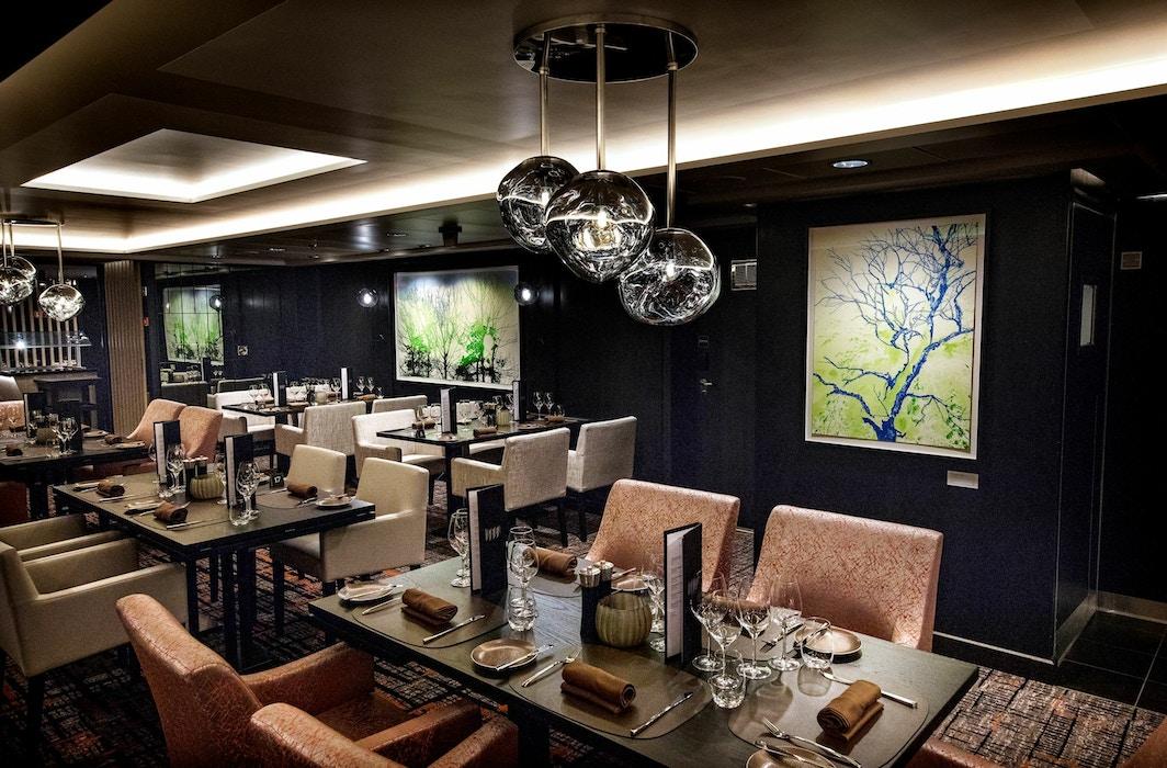 HM Queen Sonja, Restaurant Lindstrom
