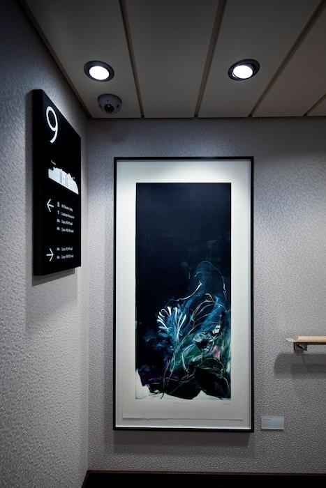 Tiina Kivinen, corridor